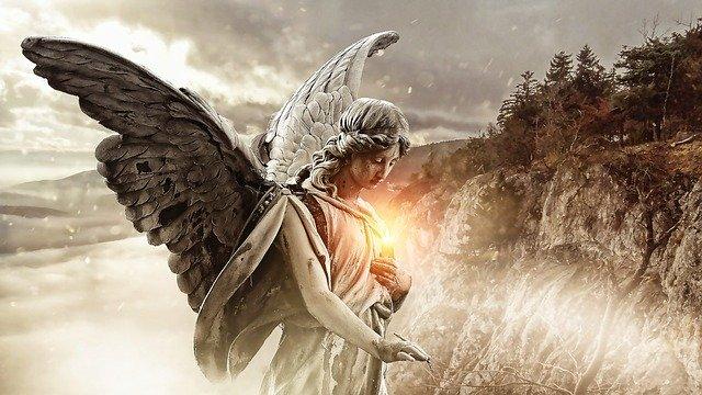 Los ángeles del destino